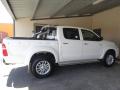 White Toyota Hilux - Exterior